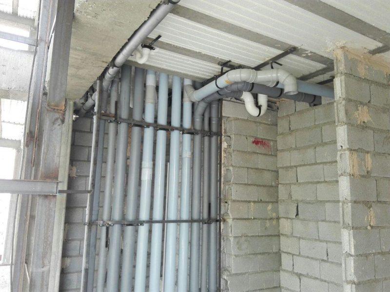 رایزر کار شده در ساختمان