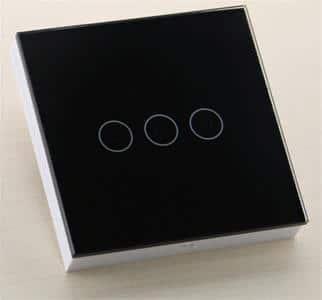 تصویر کلید هوشمند لمسی از نوع سه پل
